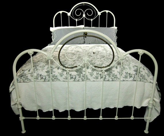 Antique Cast Iron Full Size Bed Frame, Cast Iron Bed Frame Queen Size