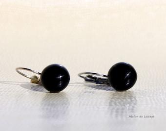 Earrings black glass