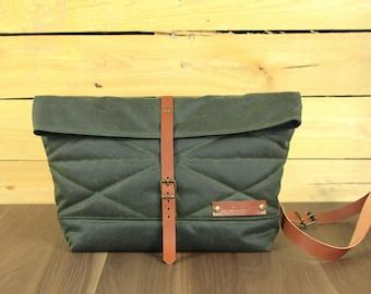 Messenger bag in waxed canvas/shoulder bag/waxed canvas shoulder bag/messenger tarpaulin handbag/