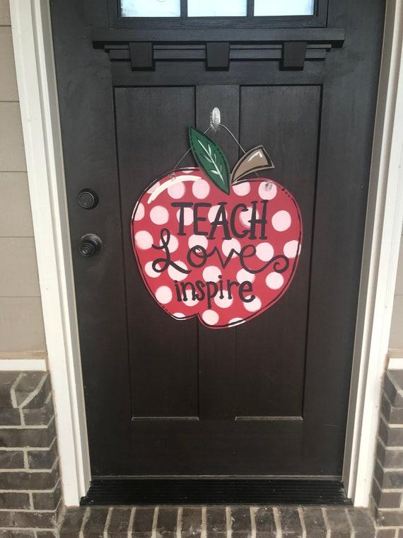 Apple Door Hanger