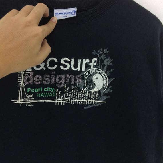 Rare vintage T/&C surf design big spellout iron on logo pullover sweatshirtfashionstylestreetwearsurfstylesportwearrave