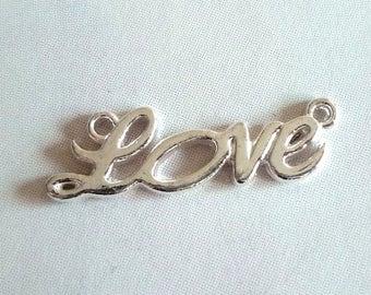 "Lot 5 connectors ""Love"" - light silver"