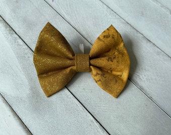 Pet Bowtie - Sparkly Gold