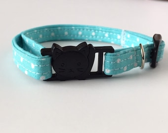 Cat Collar - Breakaway - Teal and White Polka Dots - 3/8 inches wide