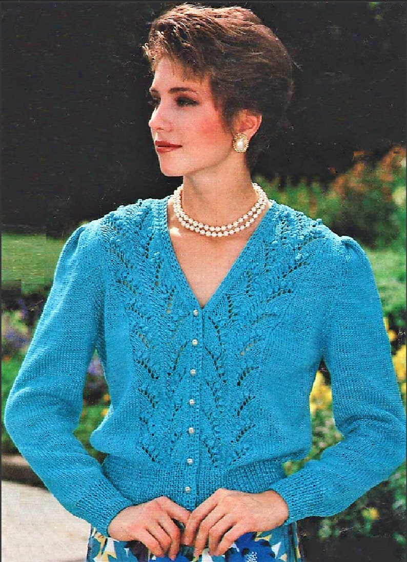 9ab68c1321a9 Vintage Knitting Pattern Womens Lacy Feather   Fan V Neck