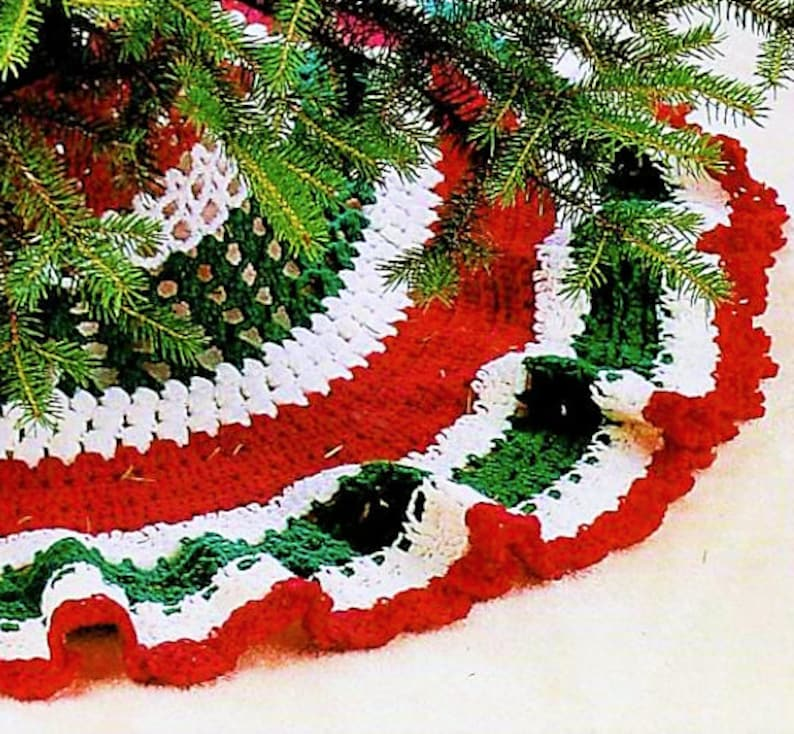 Vintage Crochet Pattern 48 Christmas Tree Skirt Red