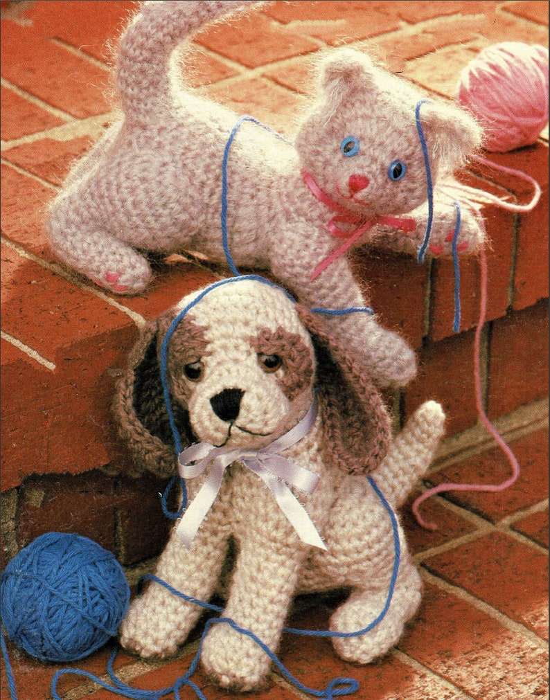 Vintage Crochet Pattern Sweet Kitten and Puppy Retro Amigurumi image 0