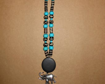 Necklace style African turquoise and black
