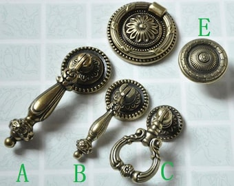 4 Vintage Solid Brass Ring Pulls Drawer Knobs Bookcase W//screw old hardware NOS