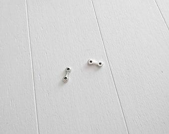 5 Connector pins two holes. Zamak Silver Bath. Ext. 12x5mm. DIY