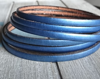 Metallic blue leather. 5x2mm 1 meter. leather for bracelets. European leather of high quality.