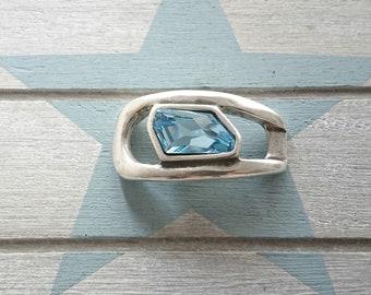 Bracelet piece. Zamak. Blue Swarovski. 26x50mm.