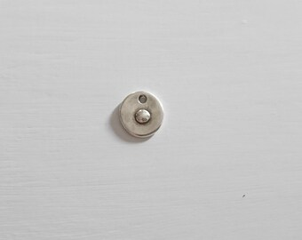 Circular pendant with ornament. 18x17mm. Zamak. Diy.