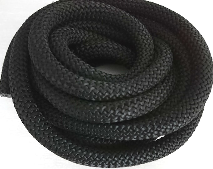 1 meter of black 10mm climbing rope. thick
