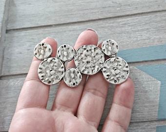 Pendant - zamak circles with silver plated 70x35mm. 1 unit