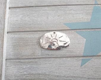 1 irregular Mayan sun pendant. 50x32mm metal zamak silver. for DIY jewelery.