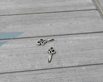 Hanging scissors seamstress. 16x8mm. Zamak. Diy.