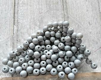 Gray opaque glass beads. 4mm ball (125 pcs)