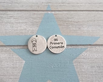 4 Child pendants First Communion irregular blank for engraving. Metal Stamp. 23mm. Antique silver pewter