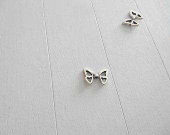 Butterfly wings. 25x17mm 3mm inner pass. Zamak silver. DIY