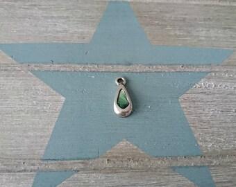 1 Pendant tear with green swarovski. 20x9mm High quality silver zamak metal.