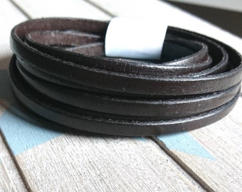 Dark brown leather. 5x2mm 1 meter. leather for bracelets. European leather of high quality.