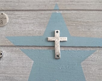1 irregular cross connector in white for engraving. Metal Stamp. 36x22mm Antique silver pewter