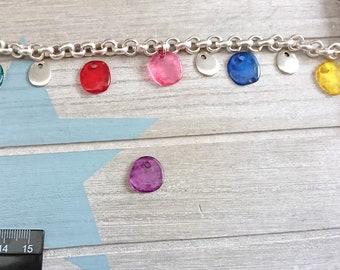 Irregular hanging trinket. purple resin. 16mm 1 unit