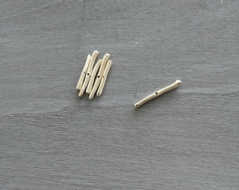 long adornment pass 0.8mm. 36mm long 3mm wide. DIY