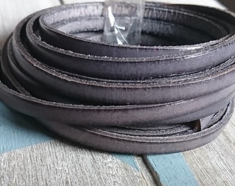 Gray leather. 5x2mm 1 meter. leather for bracelets. European leather of high quality.