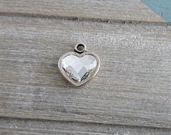 Heart pendant. Swarovski crystal. 19x17mm metal zamak silver.