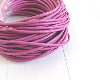 Round leather Rosa. of 2mm. leather for jewelry. leather European.