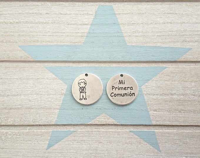 5 Child pendants First Communion. Metal Stamp. 23mm.