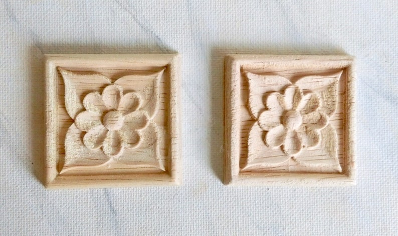 wood onlay furniture decoration furniture embellishment 4 pcs Rosette applique wood carving wood embellishment 5cm wood rosette
