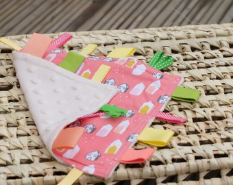 Taggy Blanket b301db759
