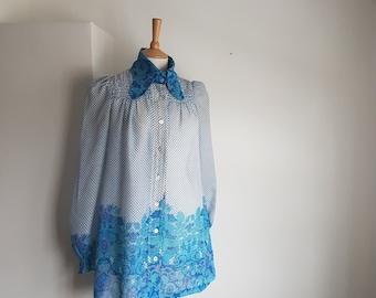 571b625c7b1e7 1960's Smock Oversized Collar Blue Polka Dot & Psychedelic Pattern UK 10-12  US 6-8 EUR 38-40