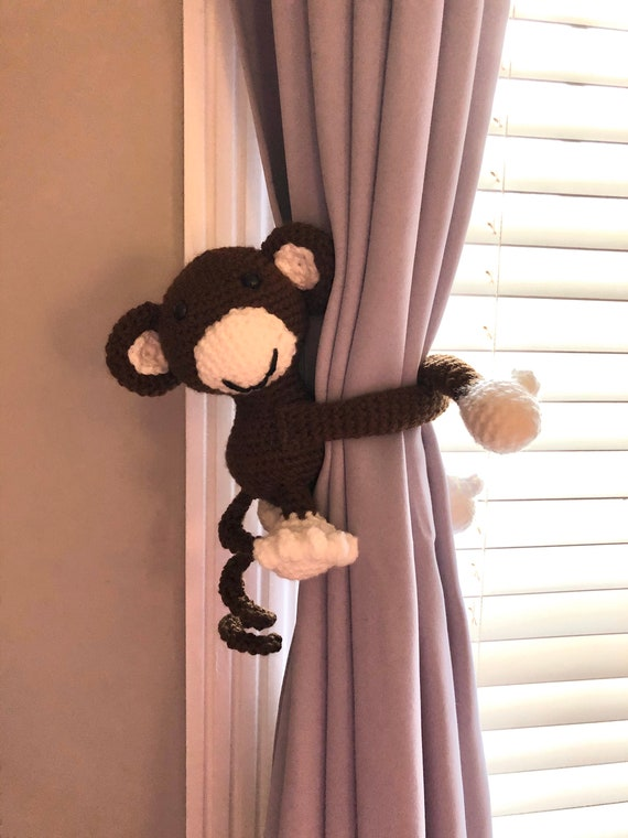 Amigurumi for Beginners Amigurumi Monkey Curtain Holder and Monkey ... | 760x570