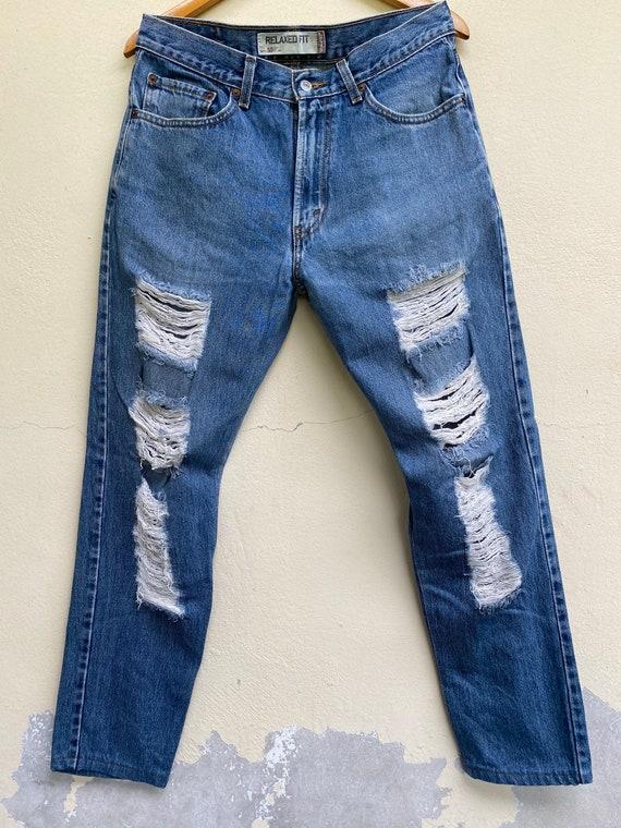 "Vintage Distressed Jeans Levi's Size 34"""