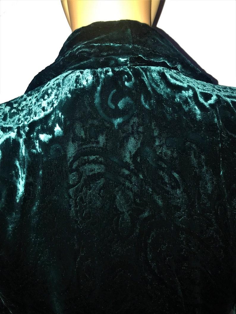 Vintage Elegant Jacket in Green Crushed Velvet