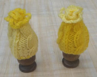 Duo Easter egg cozy yellow daffodils