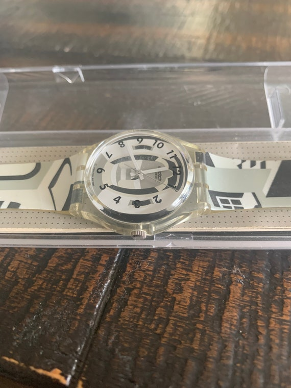 designer geometric multicolor swatch watch