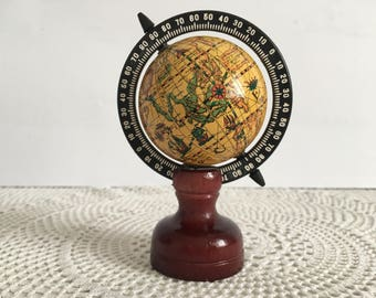 Pencil sharpener globe - Vintage Globe Pencil Sharpener - pencil sharpener - small globe - Vintage small world globe - Small earth globe