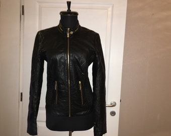 GUESS Leather jacket - Women s GUESS faux black leather jacket with gold zip a0a0c8b7d2b15