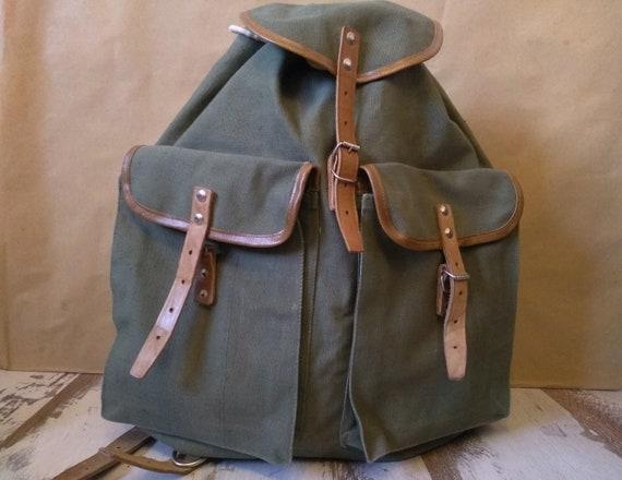 Vintage Distressed canvas backpack - Old backpack