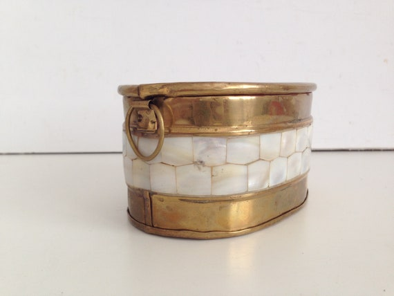 Brass of Mother of Pearl Trinket Box - Mother of pearl and brass box -  Trinket Box
