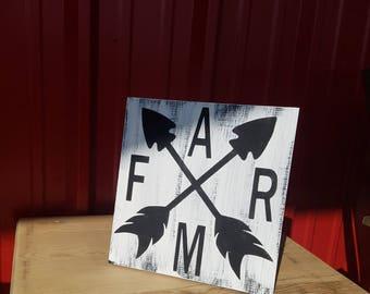 Farm Arrow sign - Rustic Decor  - Farmhouse Decor  - Country Decor  - Rustic wood sign - Farm