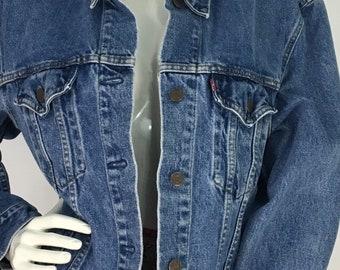 Vintage Levi's jacket/80s jean jacket/Levi's Jean jacket