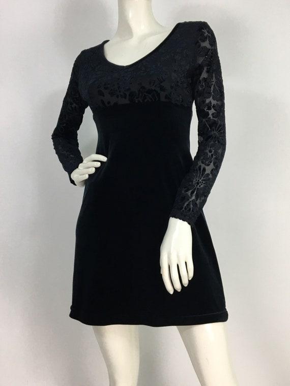 90s skater dress/1990s black velvet skater dress/s