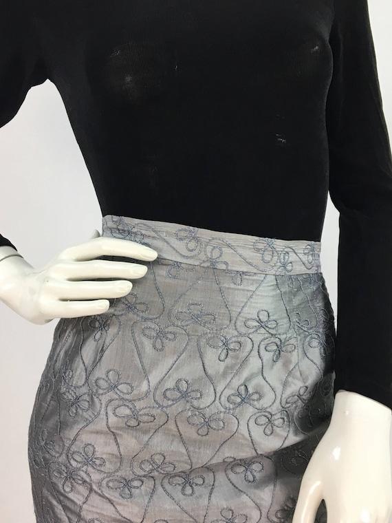 90s Lily & Taylor 100% silk skirt/1990s silk midi