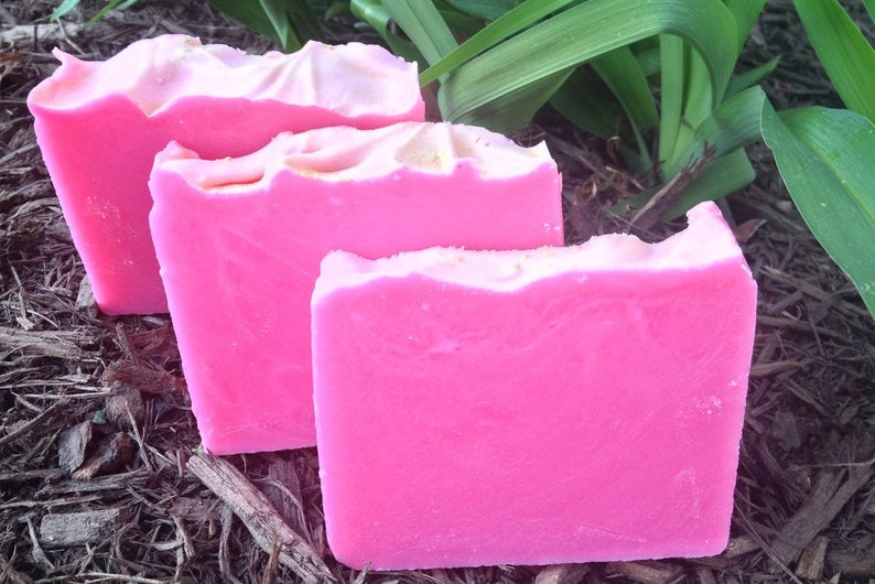 Gardenia Breezes  Handcrafted Vegan Bar Soap image 0